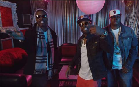 Photo – E-40 with rappers Juicy J, 2 Chainz for music video They Point