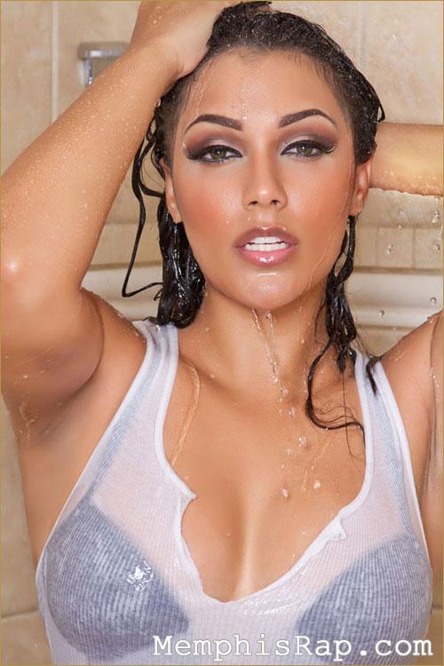 PHOTO: Miss Shantel Jackson Wet T-Shirt