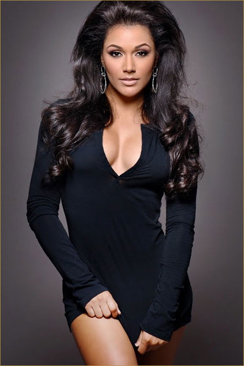 PHOTO: Miss Shantel Jackson in Sexy Black Dress
