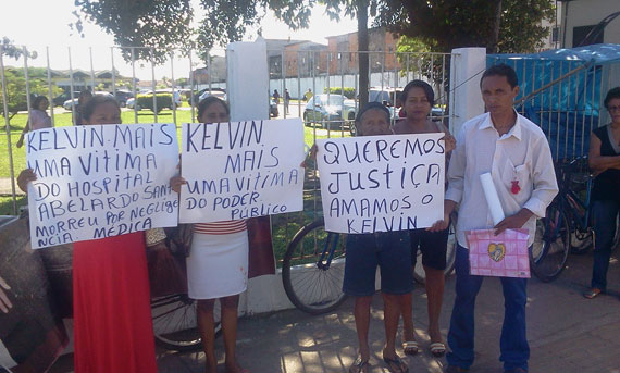 Brazil boy Kelvin Santos protest, wakes after declared dead, dies again
