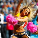 Tennessee Titans Cheerleaders Give Fans A 'Treat' For