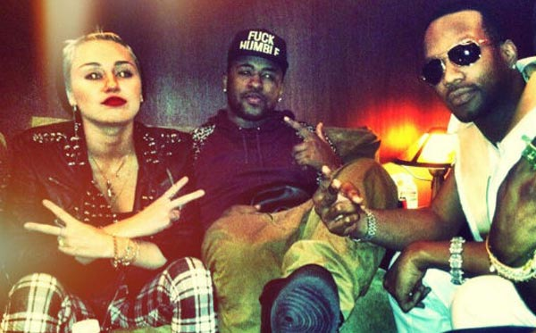 Miley Cyrus, Mike Will Made It, Juicy J in the studio
