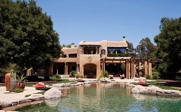 Will and Jada Smith mansion in the Calabasas