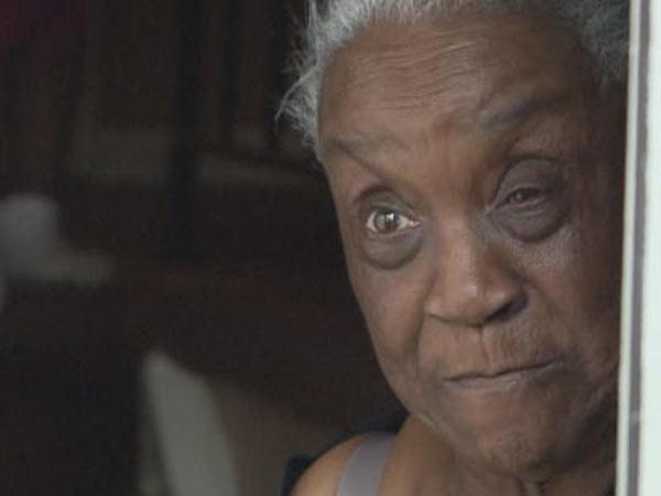 Memphis Grandma Rosie Pate Jailed For Asking 911 for Beer