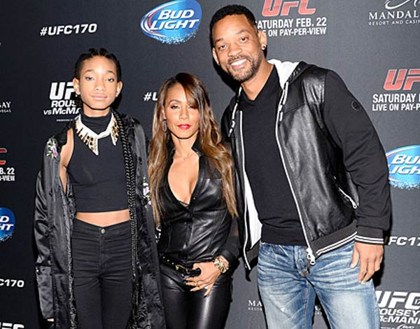 Photo of Willow Smith, Jada Pinkett-Smith and Will Smith