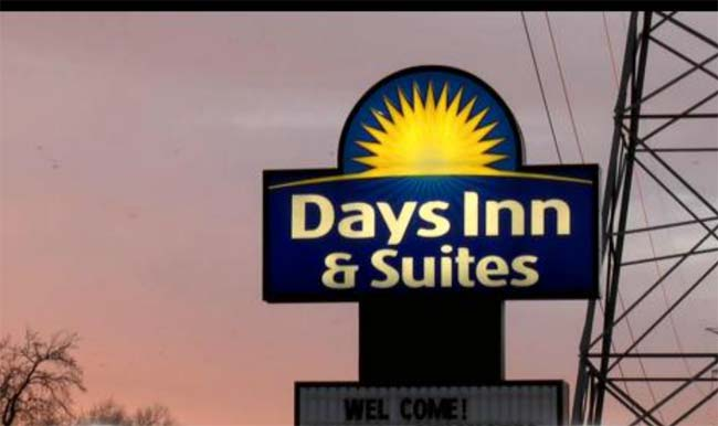 Days Inn and Suites American Way