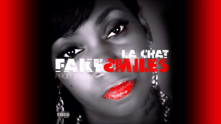 La Chat – Fake Smiles